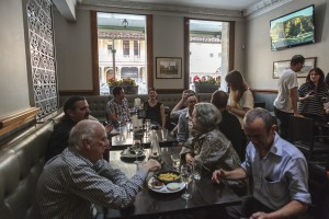 Project cast and crew mingle with the audience in a relaxed afternoon at the George Hotel. Photograph by Aldona Kmeic.